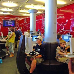 Интернет-кафе Большого Камня